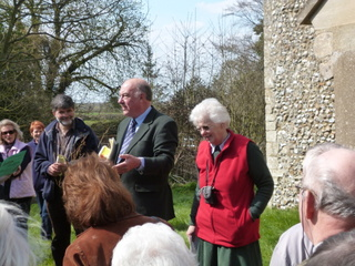 Dick and 'Lyn start 2013 season of church tours at Hoe